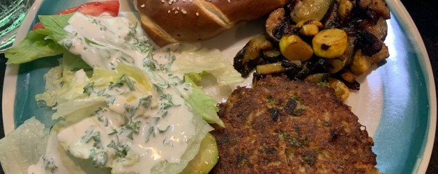 Crab Cakes – Good in a Pinch