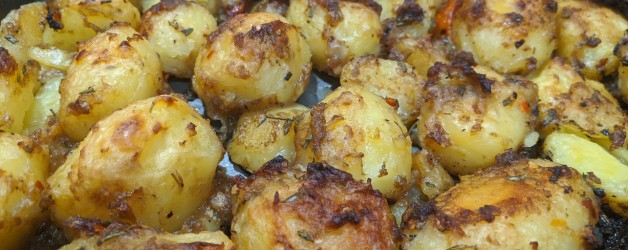 Roast Potatoes (The Perfect Side Dish)